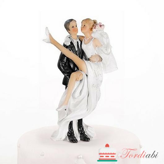 Tordiabi pulmatordi kaunistus pruut peigmehe süles