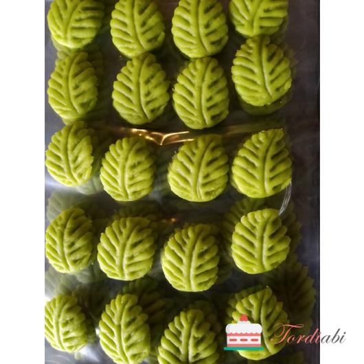 Tordiabi rohelised martsipanist lehed