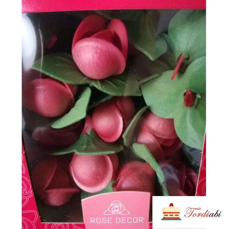 Tordiabi punased roosinupud lehega