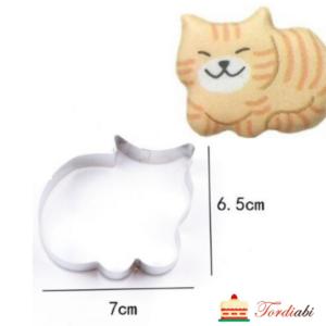 Tordiabi metallvorm nurruv kass