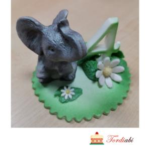 Tordiabi sünnipäevadekoor halli elevandiga 4