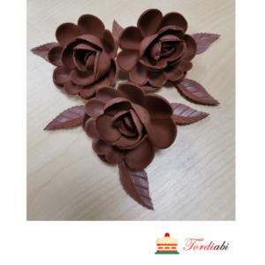 Tordiabi vahvlist 3 pruuni roosi ja 7 lehte