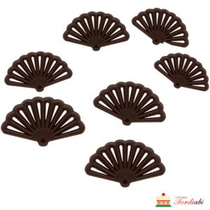 Tordiabi tumedast šokolaadist lehvikud