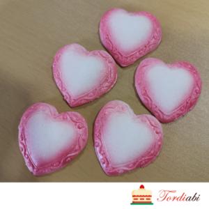 Tordiabi suhkrust valged südamed roosa äärega