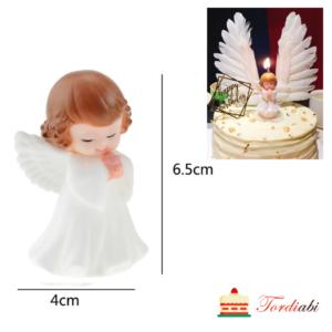 Tordiabi lokkis juustega ingel