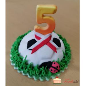 Tordiabi suhkrudekoor number 5 jalgpalliga